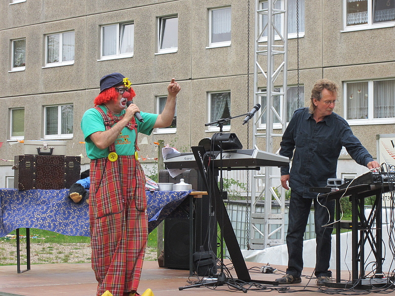 csm_Spaetsommerfest_022014_Clown_i_Aktion_2971bb2154.jpg